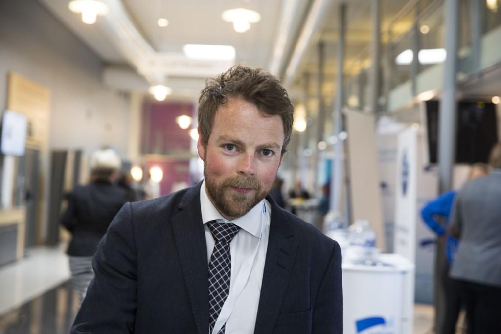 SKEPTISK: - Jeg er sterkt i tvil om den faglige kvaliteten ved disse studiene er god nok, sier kunnskapsminister Torbjørn Røe Isaksen.