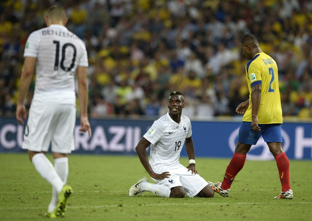 BOMMET: Hverken Paul Pogba eller Karim Benzema hadde helt dagen mot Ecuador, og bommet på hver sin gode målsjanse.
