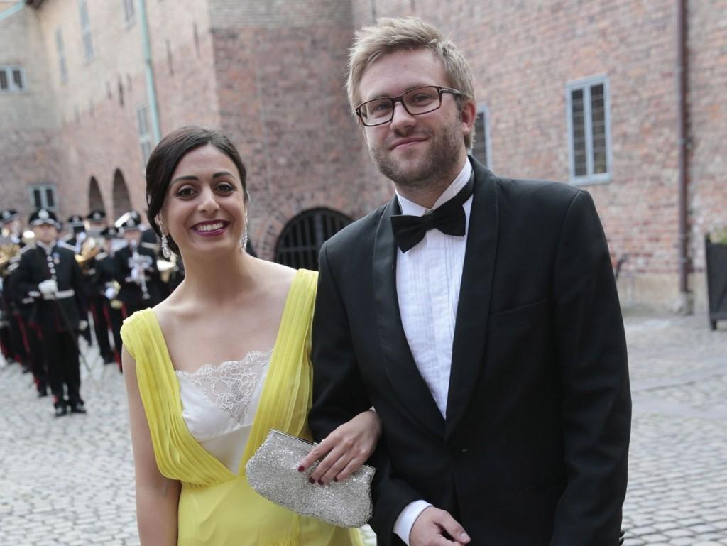 GIFTER SEG: Stortingspolitikerne Hadia Tajik og Stefan Heggelund gifter seg lørdag på hemmelig sted. De ønsker ingen offentlighet rundt bryllupet.