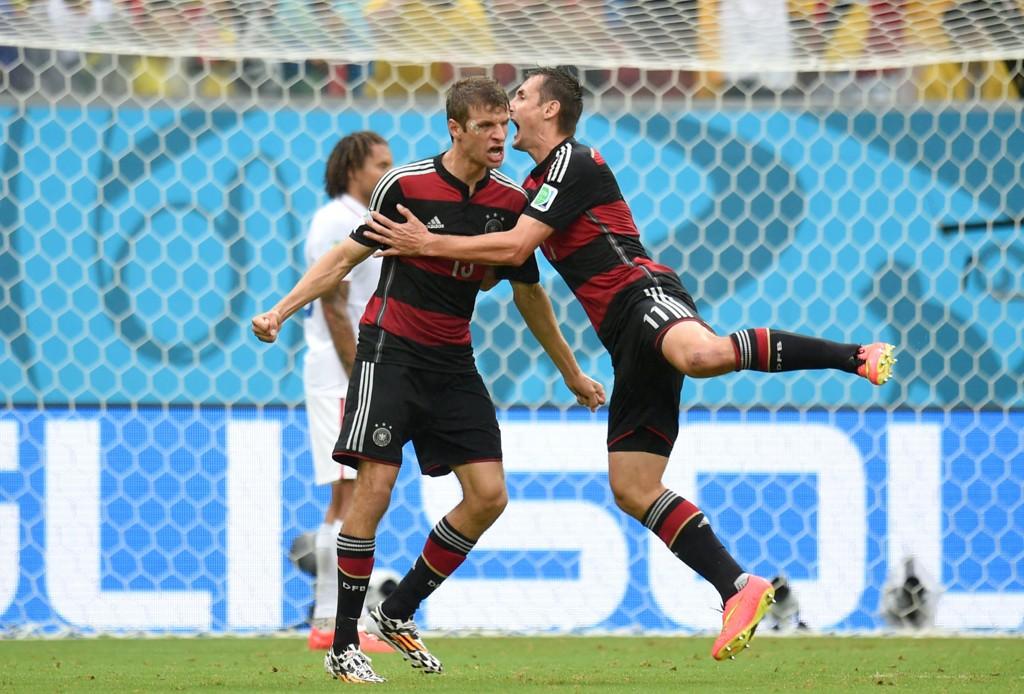 MÅLJEGER: Thomas Müller ordnet sitt niende VM-mål mot USA.