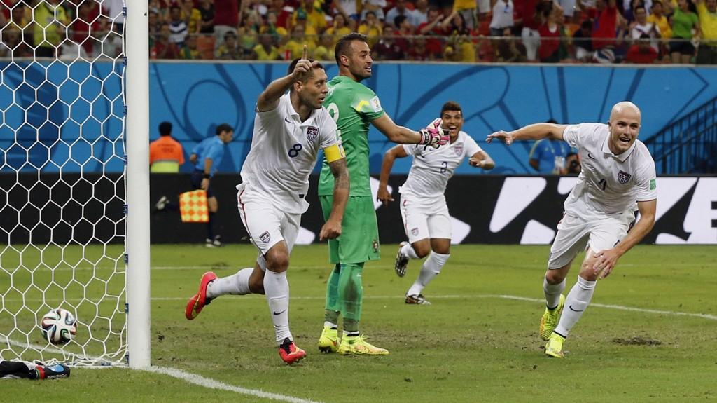 SJOKK: Clint Dempsey sendte USA til åttedelsfinale og Portugal ut av VM. I kveld er Belgia motstander.