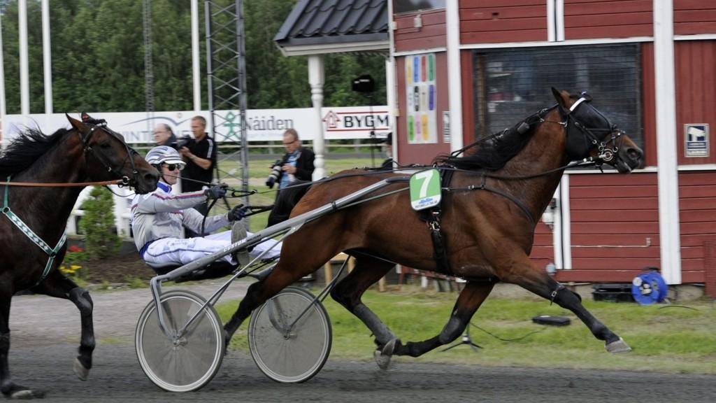 Special Topgear og Kari Alapekkala.