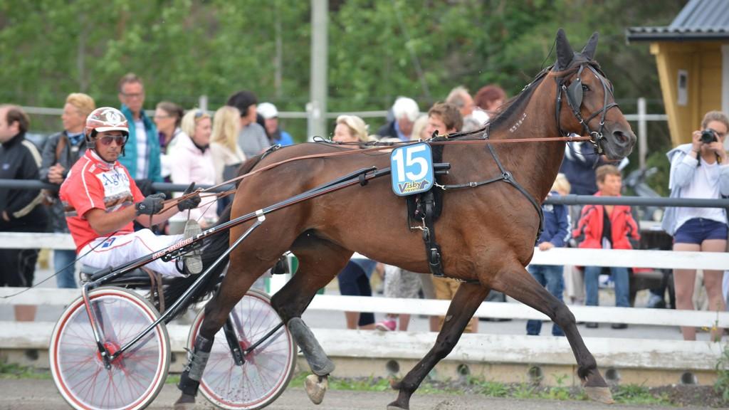 Anders Funck har flere svært gode vinnersjanser på Visby tirsdag kveld.