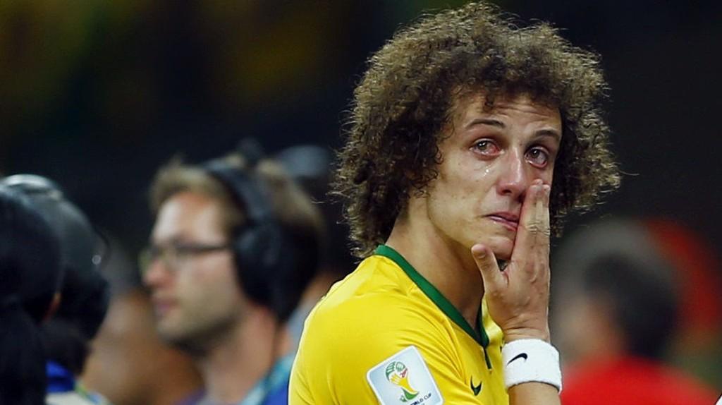 David Luiz og resten av Brasil hadde en blytung kveld mot Tyskland. I kveld må fotballstorheten slå tilbake.