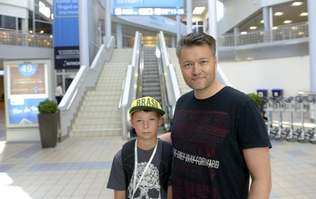 FIKK IKKE GÅ OM BORD: Isak (11) synes det er rart at SAS ikke ville la han gå om bord i Oslo, når han allerede befant seg der.