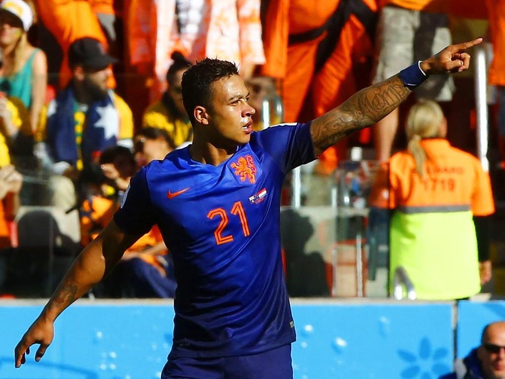 LONDON NESTE? Memphis Depay imponerte i Brasil-VM og skal nå være på vei til Premier League.