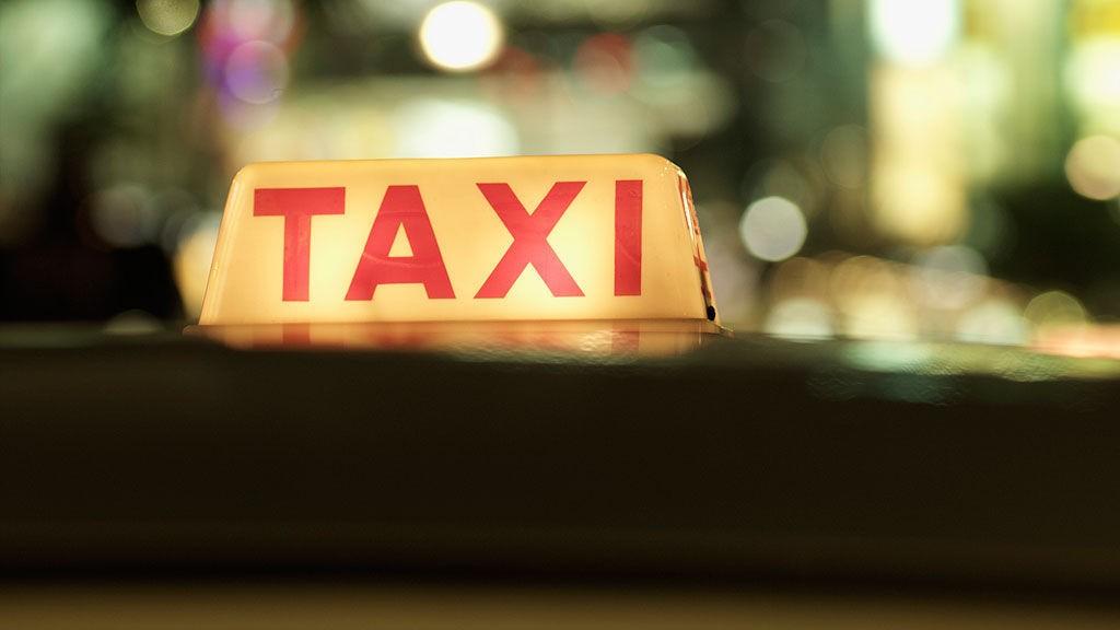 Med taxikalkulatoren fra Norges Taxiforbund har det blitt enkelt å sammenligne taxiprisene.