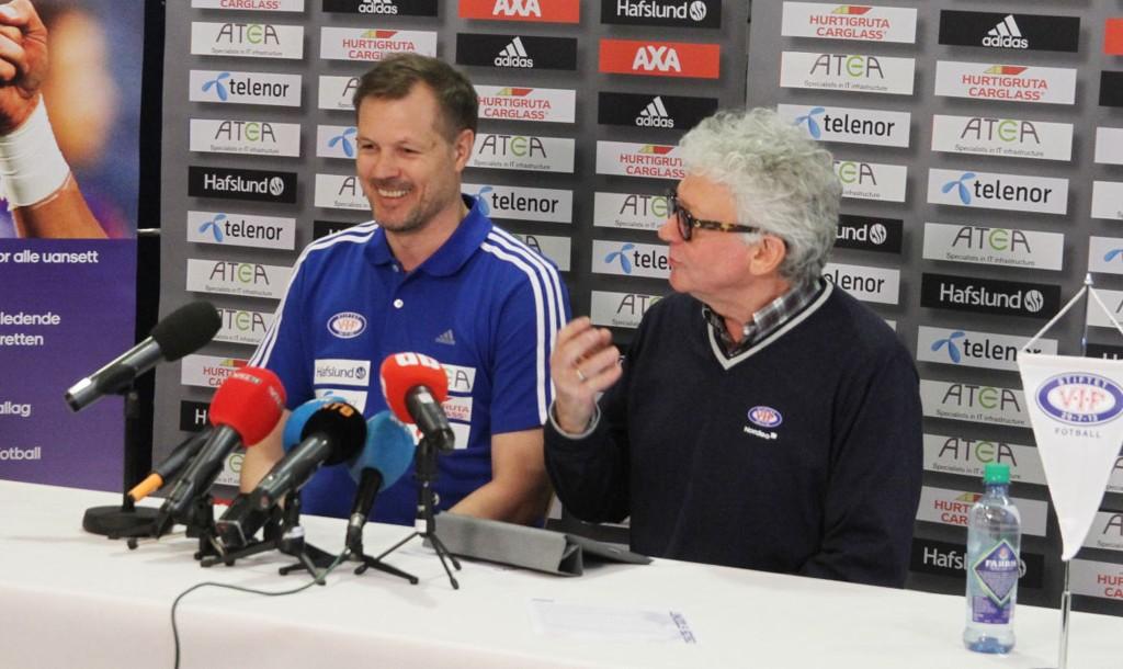 Tonen var god mellom Kjetil Rekdal og styreleder Åge Petter Christiansen da Rekdal ble ansatt i fjor. Nå kan de to glede seg over at Stabæk-boten kan betales i avdrag.