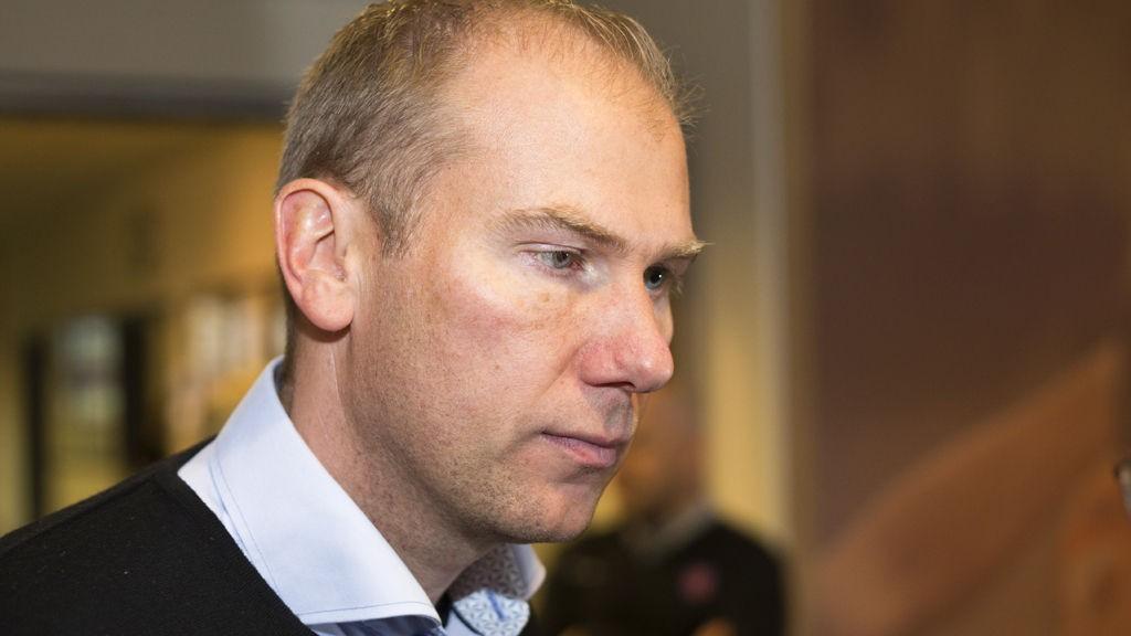 BOMBESPØK: LSK-trener Magnus Haglund ble fredag bortvist fra Gardermoen etter å ha spøkt med at leppepomaden hans var en bombe.