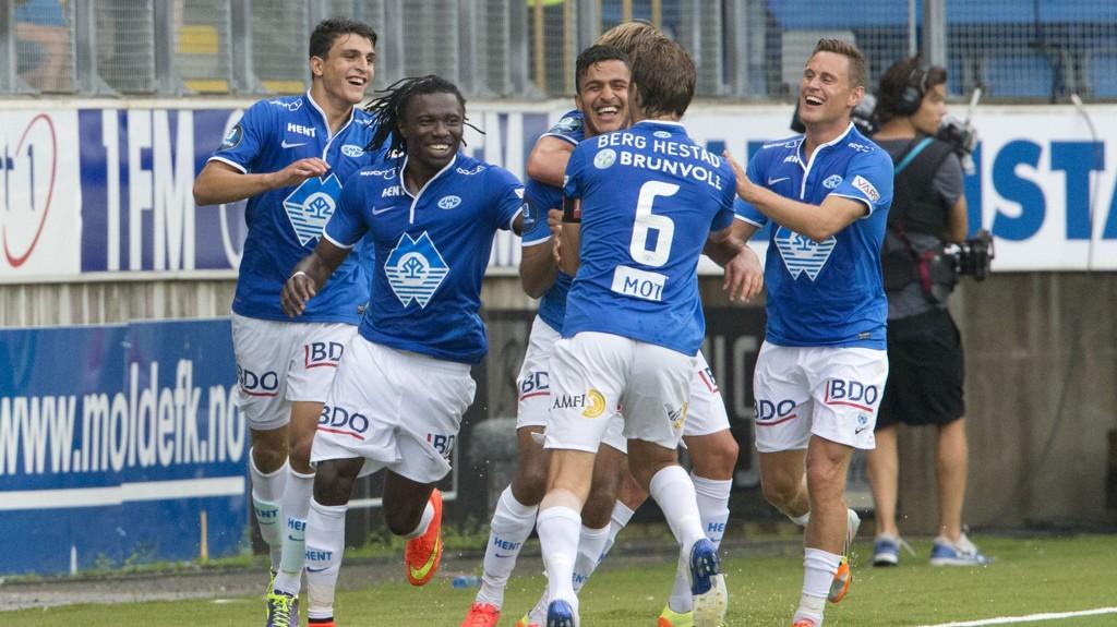 GLADE GUTTER: Moldespillerne feirer etter nok et mål mot Rosenborg, men denne runden er det ekstra tunge ben som skal ut på Sør Arena i møte mot Start.