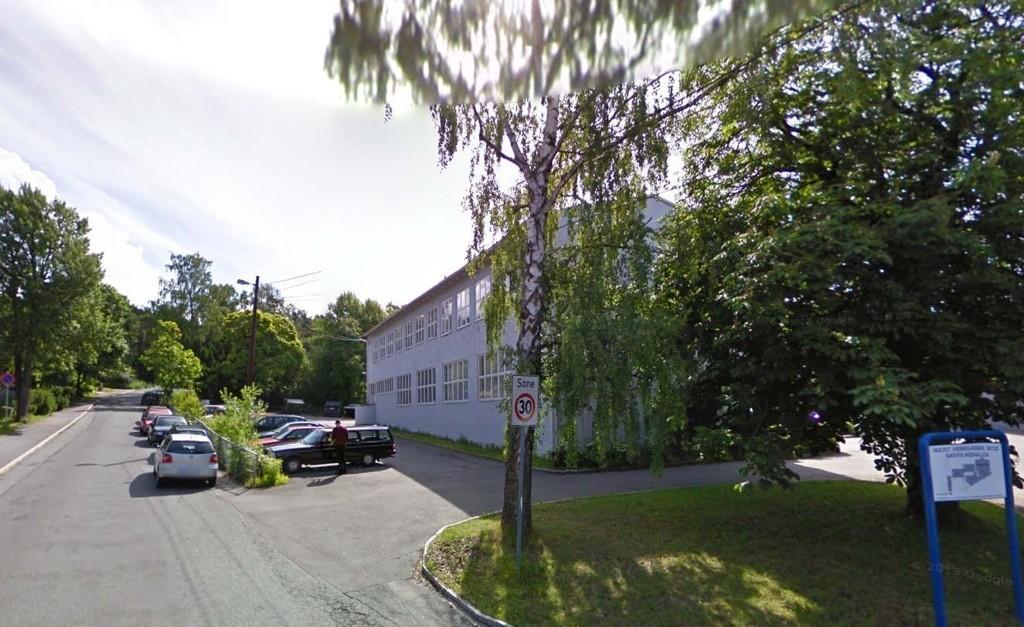 HOLTET VIDEREGÅENDE: Voldtekten skal ha skjedd i dette området ved Holtet videregående i Oslo.