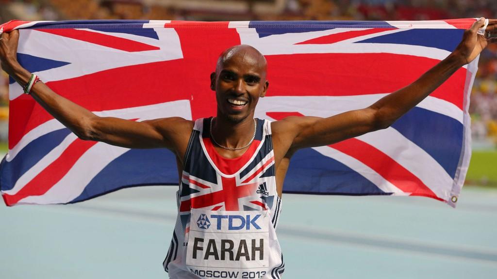 Det var ikke bare dårlig form som nylig fikk løpestjernen Mo Farah til å droppe samveldelekene. Han lå fire dager på sykehus etter en kollaps på badet.