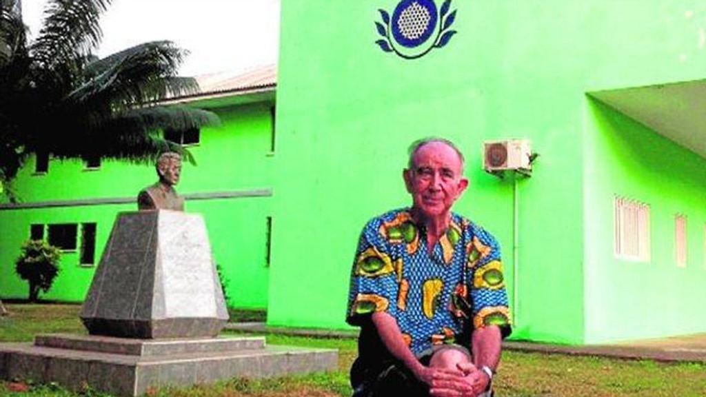 Miguel Pajares jobbet ved et sykehus i Liberia.