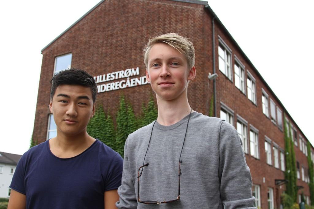 PÅ STREIKESKOLEN: Casper Feng og Hallvard Sund er elever på Lillestrøm videregående skole der mange lærere er i streik.