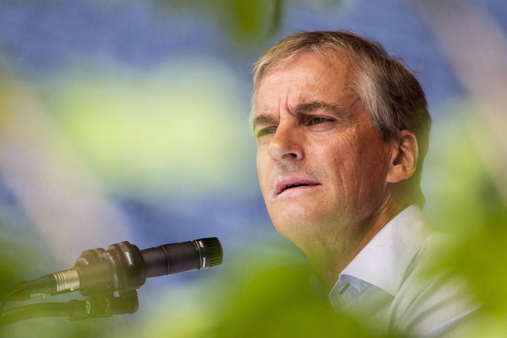 Ap-leder Jonas Gahr Støre og andre politikeres krumspring som elektrifisering av plattformer skaper usikkerhet.