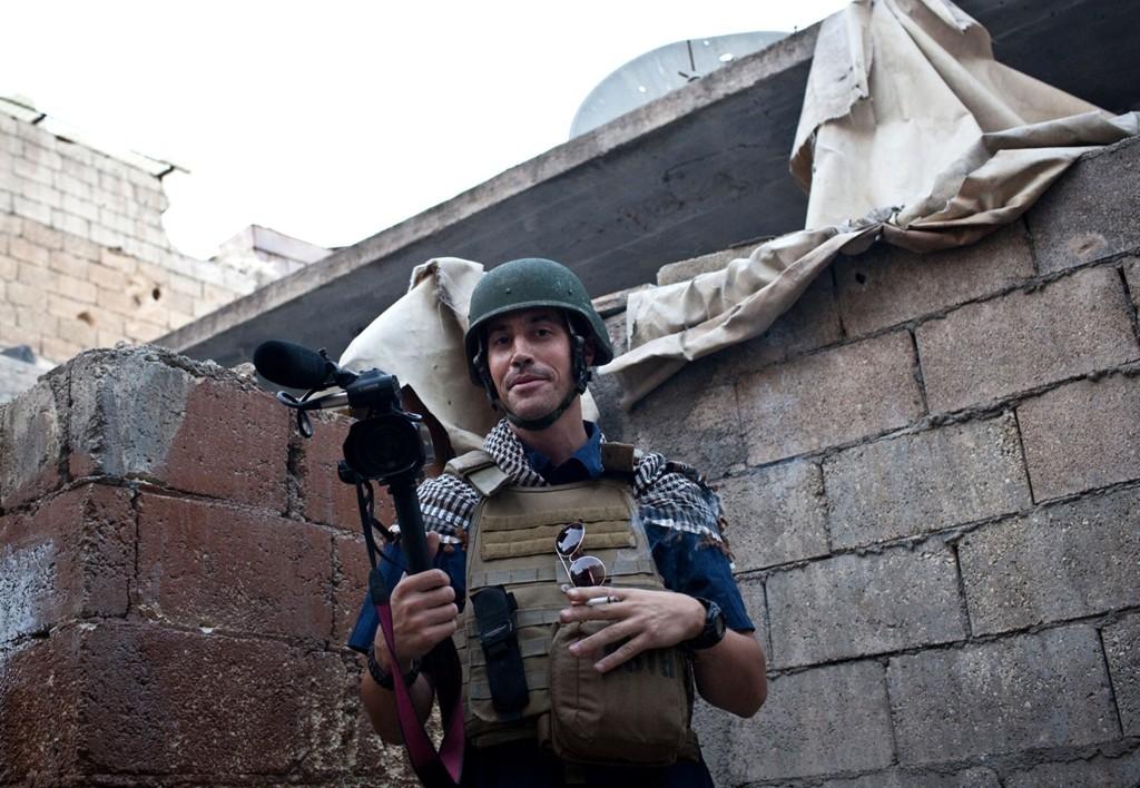 Foleys arbeidsgiver forteller CNN at IS hadde vært i kontakt med ham og forlangt 100 millioner euro for Foley, men et så astronomisk beløp tok han ikke på alvor. Han håpet de bløffet og ville nøye seg med et mindre beløp.