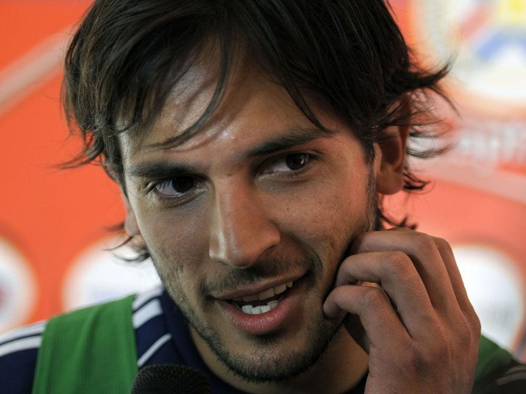 Roque Santa Cruz er blant de mer kjente spillerne på Malaga.