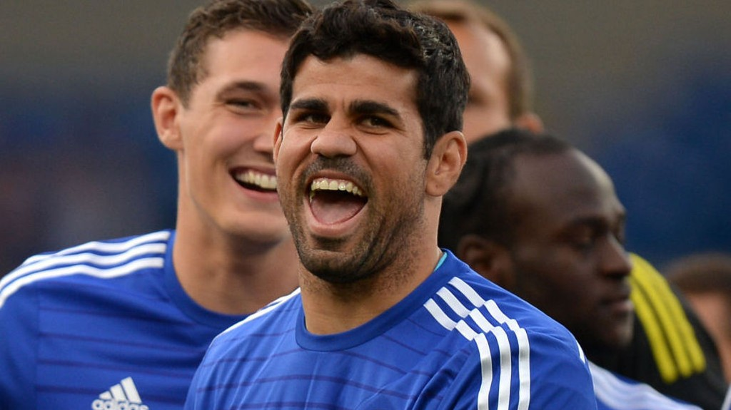 Chelsea skal ut i en vrien bortematch mot Everton lørdag kveld.