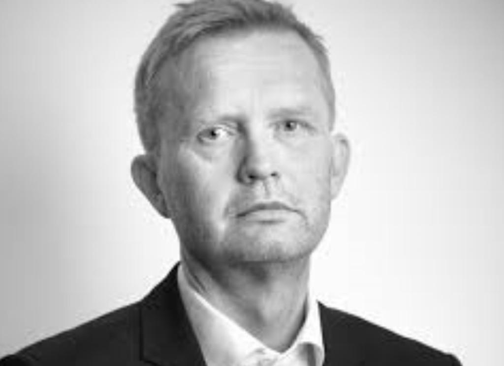 NEDTRYKT: - 77 ansatte mister sitt arbeid, sier konserndirektør John Kvadsheim i Amedia til Nettavisen.