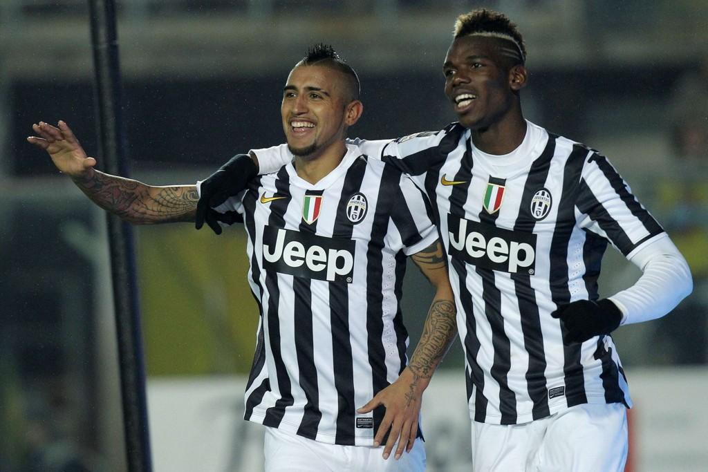 Arturo Vidal og Paul Pogba er to av stjernene på Juventus' fryktinngytende midtbane.