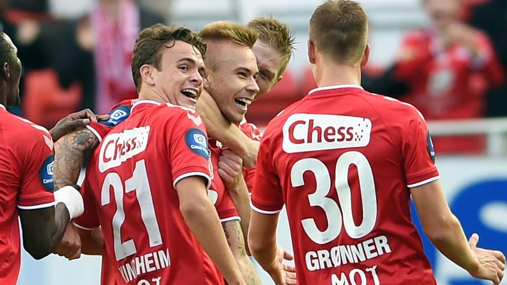 Marcus Pedersen (midten) scoret sitt første mål for Brann i 3-1-seieren over Rosenborg. Kan bergensernes nye spiss senke Molde i kveld?