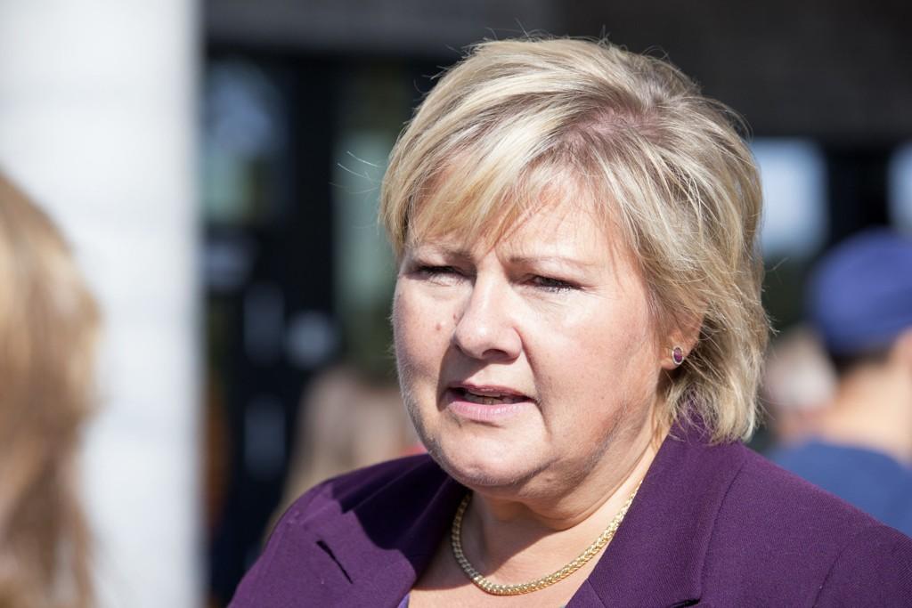 ØKT ARBEIDSLEDIGHET: Statsminister Erna Solberg (H) frykter økt arbeidsledighet i nord, som følge av det kjølige forholdet mellom Russland og Vesten.