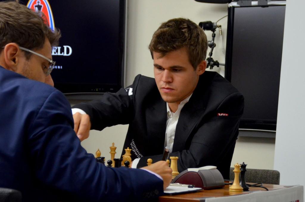 SKUFFET: Magnus Carlsen håpet å vinne mot armenske Levon Aronian.
