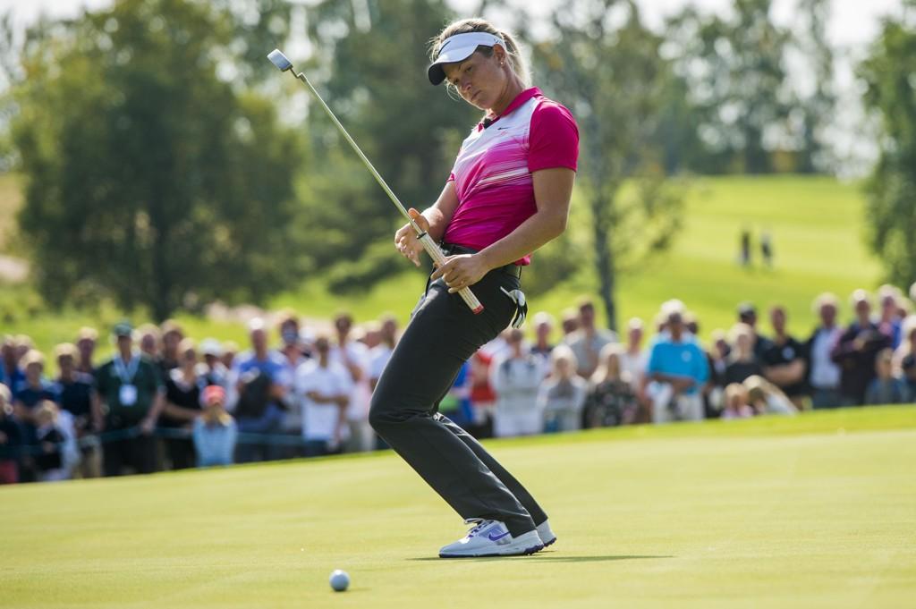 HØYT OPPE: Suzann Pettersen var strålende fornøyd med årets veldedighetsturnering.