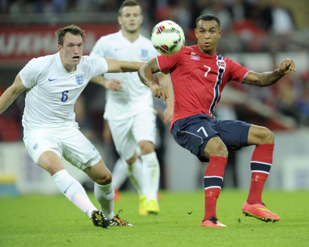 VAR GOD: Joshua King var et av få lyspunkt i det norske laget mot England i midtuken.