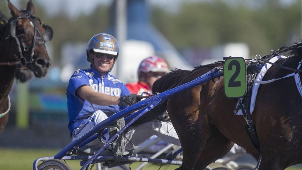 Bjørn Goop vant Hoppederby med Claudia B.R på Bjerke søndag og er på plass i Mantorp i kveld.