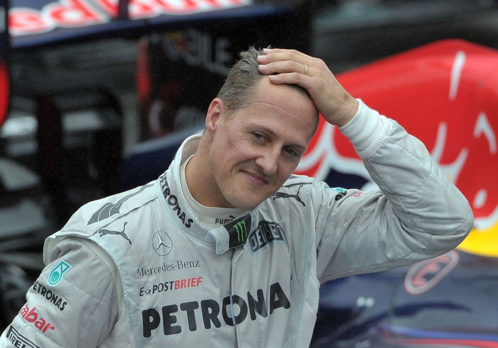 FLYTTER HJEM: Idrettshelt Michael Schumacher.
