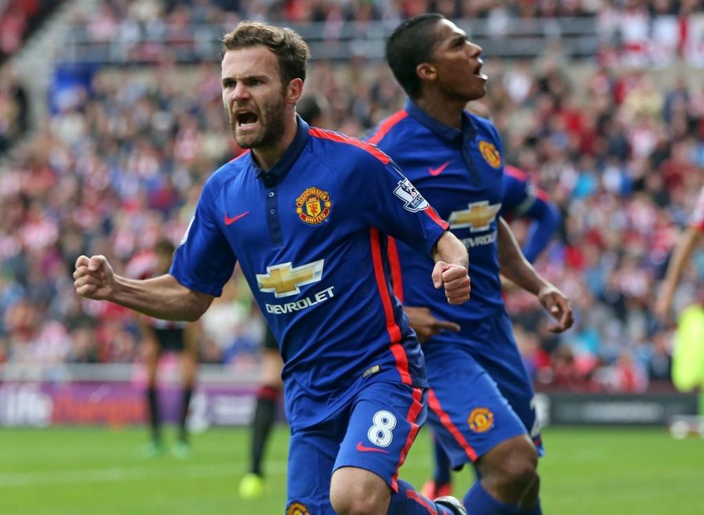 KAN JUBLE: Manchester United tjener gode penger, til tross for et dårlig sportslig år.
