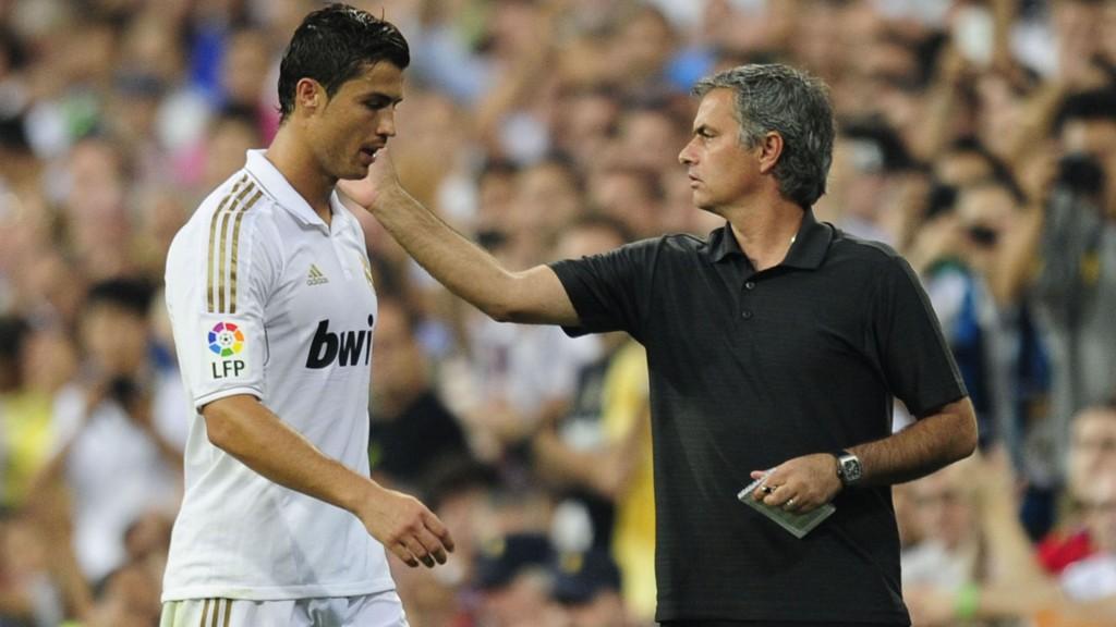GJENFORENES? Ryktene vil ha det til at Jose Mourinho vil hente Cristiano Ronaldo til Chelsea.