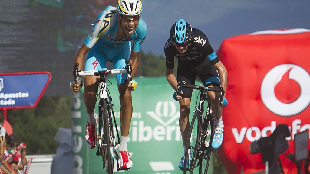 Fabio Aru vant torsdagens etappe i Vuelta a España foran Chris Froome.