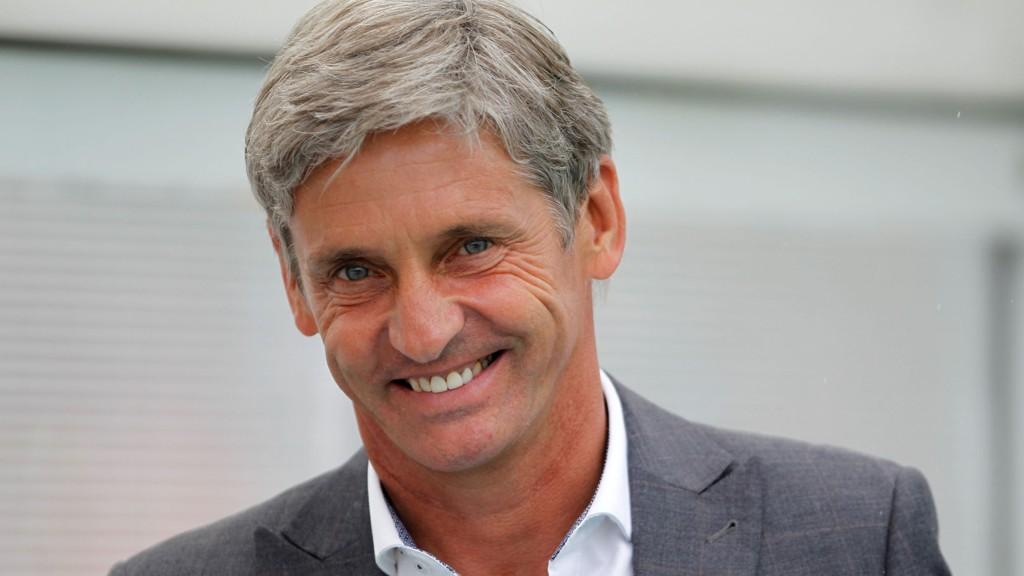 Jose Riga har lite å smile for. Belgieren har tapt samtlige kamper med Blackpool denne sesongen og kan når som helst bli sparket som manager.