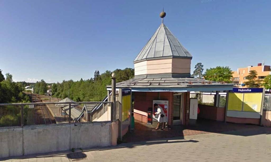 HOLMLIA: Saken mot tingrettsdommeren startet da en jente anmeldte ham for å ha befølt henne på toget til Holmlia utenfor Oslo, og på veien fra stasjonen og hjem.