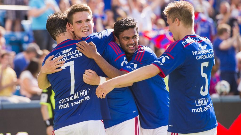 Vidar Örn Kjartansson, Ghayas Zahid og resten av Vålerenga har bare scoret to mål mindre enn serieleder Molde, men ligger 20 poeng bak ettersom det renner inn scoringer også den andre veien.