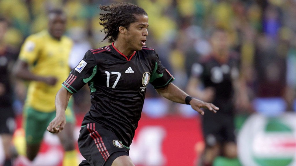 Giovani dos Santos, som hadde et flott VM for Mexico, er ute med skade. Spisskollega Ikechukwu Uche er trolig også uaktuell, og da ser det tynt ut på topp for Villarreal.