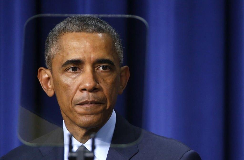 Obama viser til at USAs øverste etterretningssjef James Clapper har innrømmet at amerikanske myndigheter undervurderte IS og at den irakiske hæren nærmest kollapset idet IS og andre sunnimuslimske grupper rykket fram i Nord-Irak i sommer.