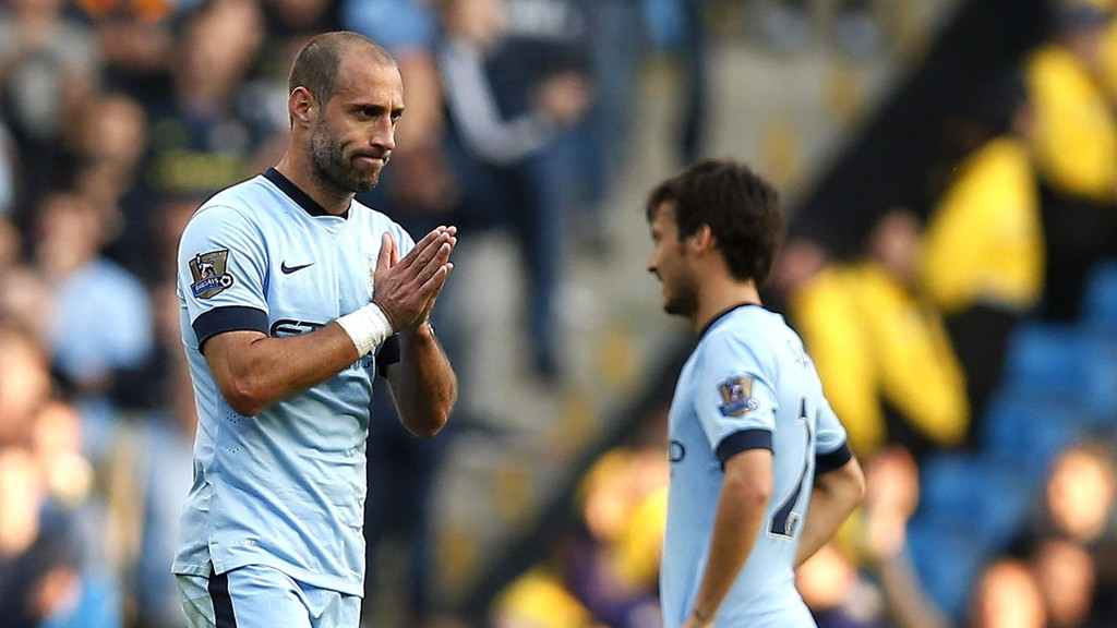 Manchester Citys Pablo Zabaleta ble utvist mot Chelsea 21. september. Tirsdag venter Roma i mesterligaen.