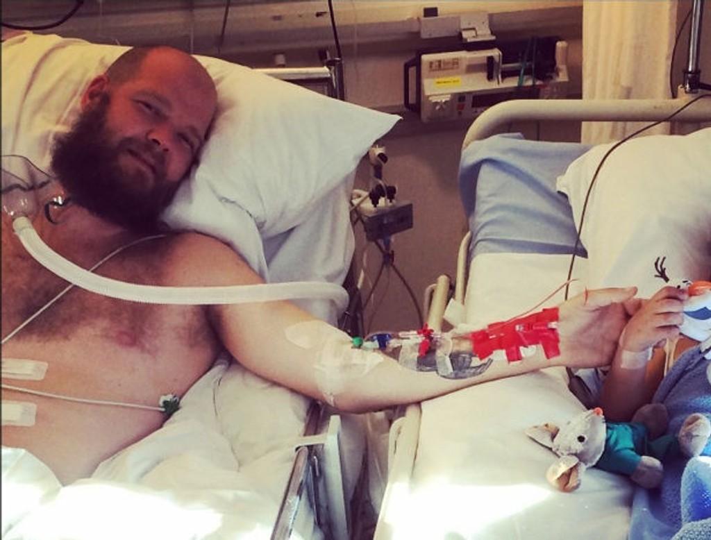 REDDET SØNNEN: Med nyren fra far Tom Eddie har hans fem år gamle sønn fått et nytt liv.