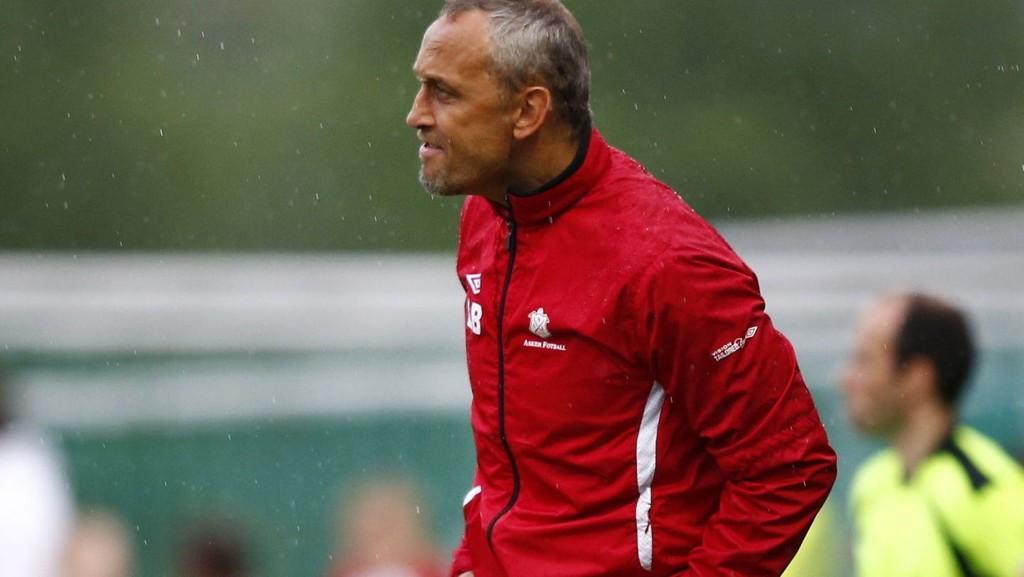 TIL TIPPELIGAEN: Lars Bohinen har ledet Sandefjord tilbake til Tippeligaen i sin første sesong som trener.