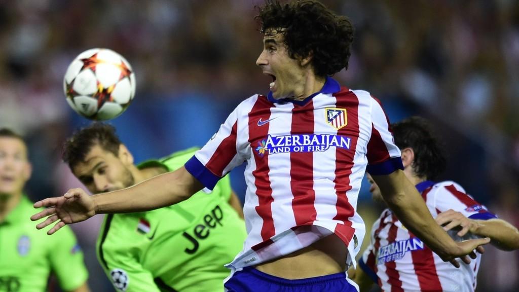 Fire år etter at han takket nei til videre landslagsspill via en faks, innrømmer portugisiske Tiago at han begikk en tabbe.