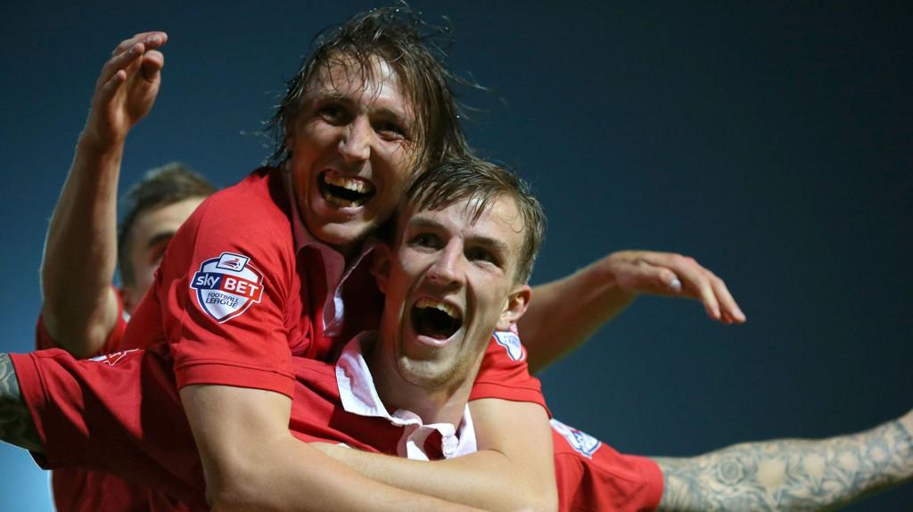 Det har vært mye å juble for for Bristol City-spillerne denne sesongen. Her fra 3-0-seieren borte mot Port Vale i midten av september.