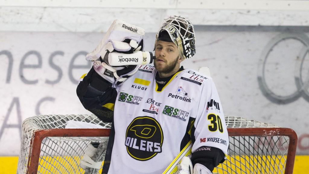 STENGTE BURET: Ruben Smith reddet samtlige 28 skudd for Stavanger Oilers mot Lørenskog.