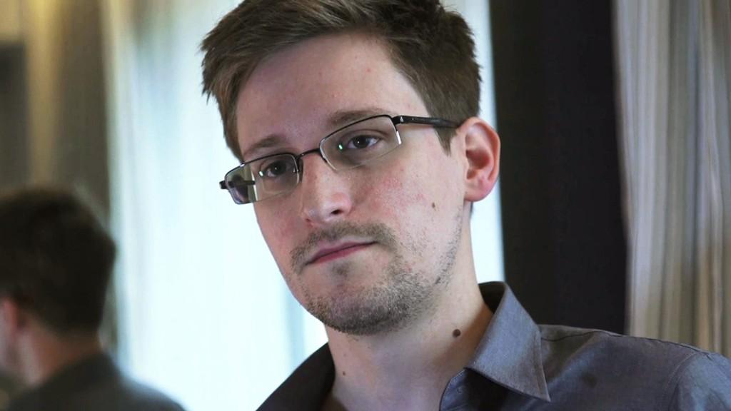 NSA-varsleren Edward Snowden seiler opp som Nobel-favoritt.