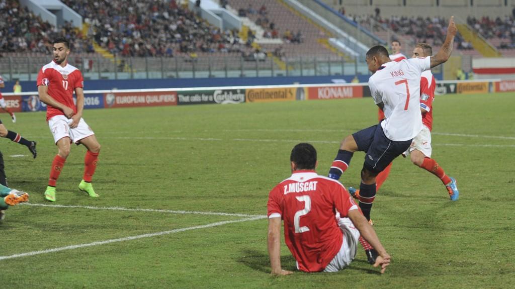 DOMINERTE: Joshua King spilte en stor kamp mot Malta og scoret to av Norges tre mål.