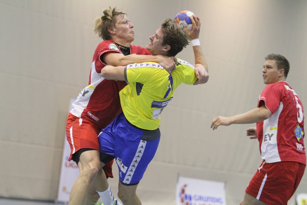 USTOPPELIG: Simen Strømberg var i kanonslag mot Christoffer Brännberger og Haslum, og scoret 12 spillemål.