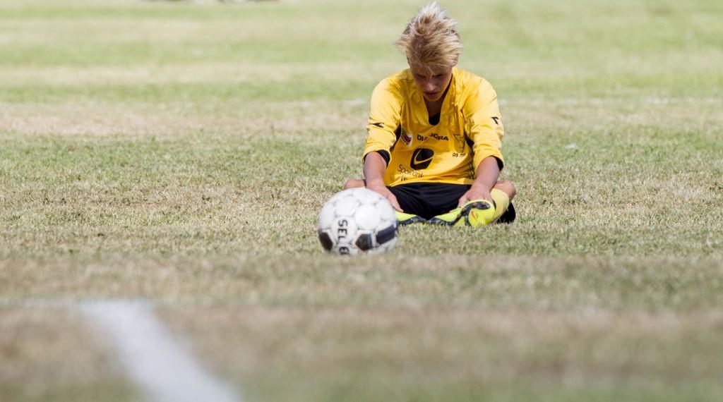 ER FOTBALL FOR ALLE? Selv om fotball er billig sammenlignet med mye annet, er det likevel mange som opplever at det blir for dyrt.