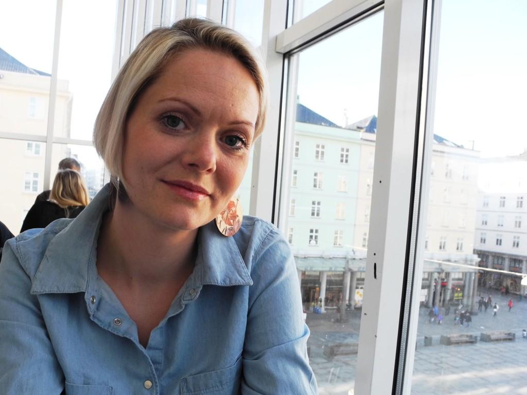 INITIATIVTAKER: - Det er skammelig når to regjeringer etter hverandre flagger asylbarnas sak og følger så dårlig opp, sier Aina Heldal Bøe. Hun har tatt initiativ til rettshjelpsdugnaden.